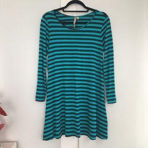Comfy USA Blue and Black Stripe Dress. Size Small